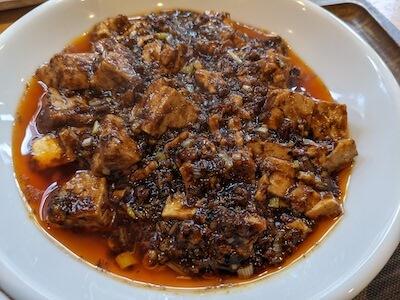 黒麻婆豆腐